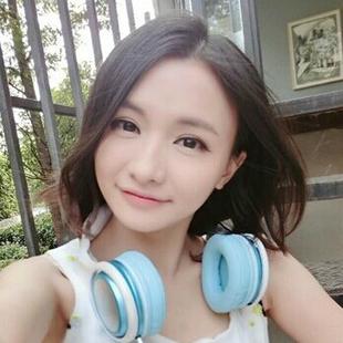 Miss七芯海棠