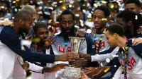美国狂胜37分卫冕世界杯