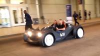 全球首辆3D打印汽车亮相