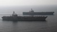 航拍美军两航母波斯湾聚首