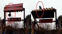 現場:重慶豐都游樂場一女孩被甩出太空船 搶救無效身亡