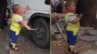 小胖持刀怒怼货车司机