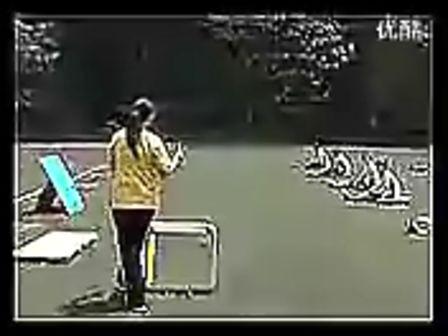 高二体育优质课《跨栏跑》教学视频