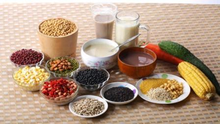 糖尿病患者注意: 五谷杂粮的4种错误吃法, 不控糖反而血糖会飙升