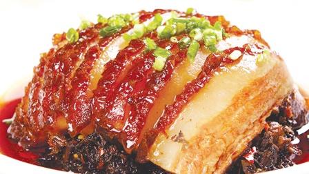 正宗梅菜扣肉的做法,超详细教程,在家也能做出好吃的梅菜扣肉
