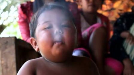 """印度2岁男孩一天""""抽烟""""40根,如今10年过去,变化太出乎意外!"""