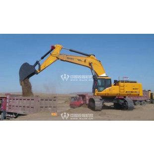 挖掘机掏粪坑