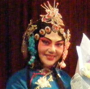 yujinff
