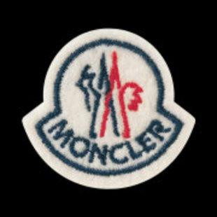 Moncler盟可睐