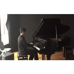Maxim自学钢琴