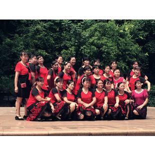 桂林西门蓝天舞蹈队