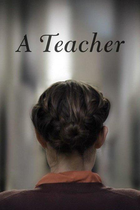 迷人女教师海报