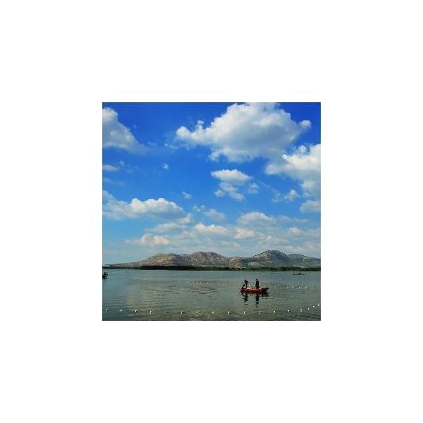 山湖景色时时新