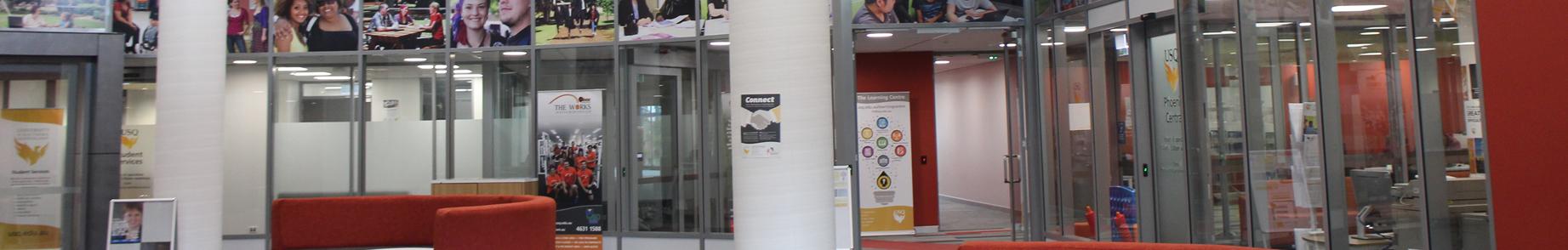 南昆士兰大学 banner