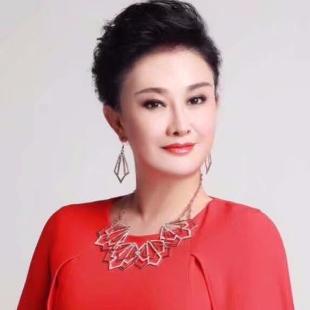 吴沁-女高音歌唱家