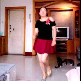 彩虹丹广场舞