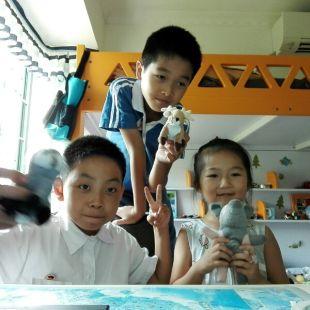 蕉猪兔玩具学校