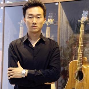 吉他范小龙