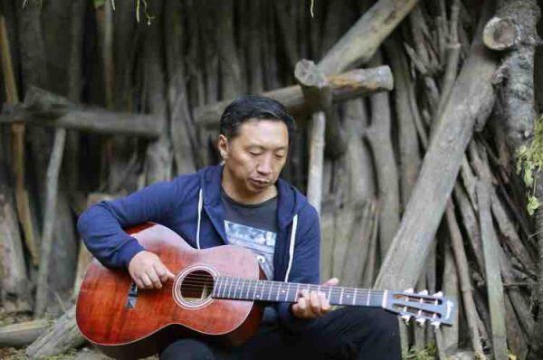 弦之翼吉他