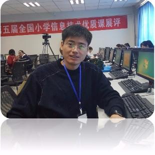 机器人创客教师-王秋强