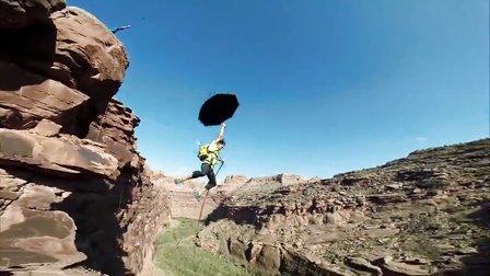 GoPro:250英尺峡谷里的摆荡绳