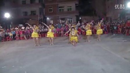 吴阳镇贞贞堡城舞队变队串烧《醉月亮》《吊丝的爱》及各舞队在限口表演