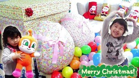 圣诞老人的特别礼物 巨大惊奇蛋开封 01