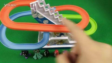 蜘蛛侠开赛车上货车考验;超级英雄学院赛车总动员装货比赛!托马斯小火车 #彩虹乐园#