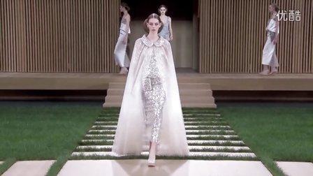 Le défilé Chanel haute couture printemps-été 2014 à Paris