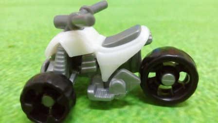 小猪佩奇奇趣蛋新奇玩具越野三轮车  197