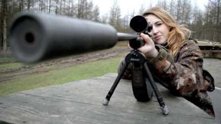 獵奇 第一百一十集  英国金发美女猎人
