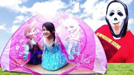 艾莎和安娜!姐妹合心击退小偷【中国爸爸】日本玩具
