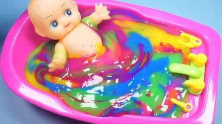 超人气七彩冰冻水晶粘土玩具和芭比娃娃洗澡过家家游戏故事 小猪佩奇熊出没超级飞侠奥特曼