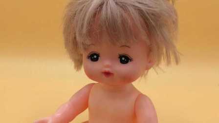 小猪佩奇和芭比娃娃的粉色玩具车 23