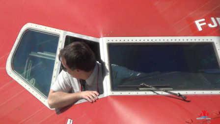 【挪威航空】马拉加至华沙:机司开窗透气