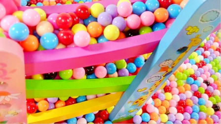 小猪佩奇的彩色糖果世界 854