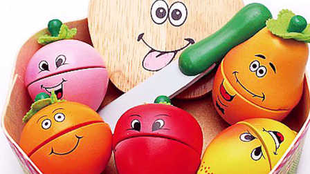 水果切切看之面包超人陪小朋友们切水果