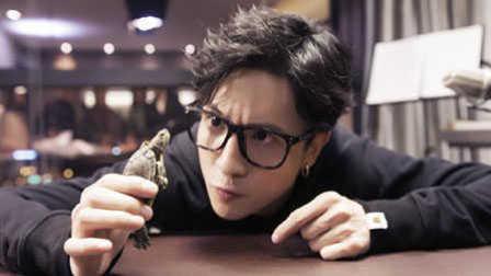 胡狼工作室:不正经的薛之谦和他的音乐梦