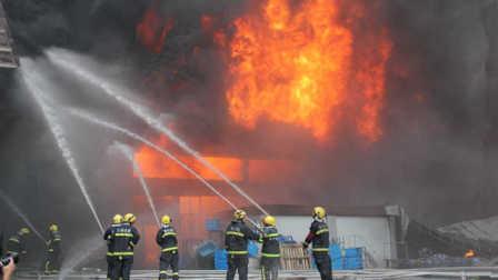 大火来袭时,该如何保命?