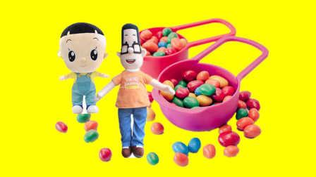 一起来给丽佳娃娃的朋友小樱做美发吧!  小伶玩具