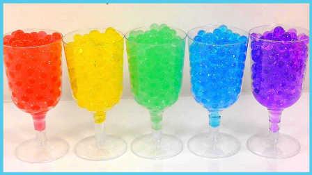彩虹水舞珠珠鸡尾酒DIY教学;PomPom玩具试玩颜色鸡尾酒!小猪佩奇熊出没