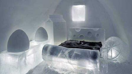 用5000吨冰造的酒店,像睡在水晶宫,房源遭人疯抢