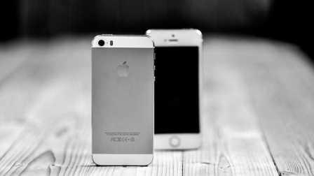 【技巧】iPhone图标竟然可以随便摆放位置?