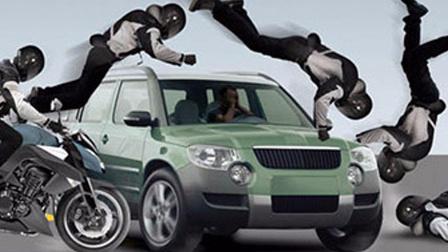 汽车的安全气囊,按在了衣服上,拯救了无数生命