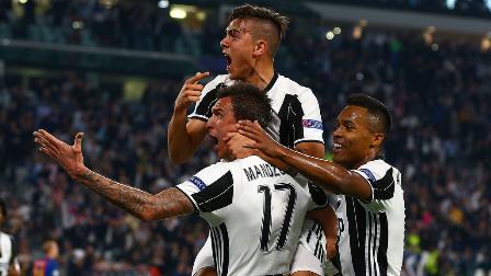 迪巴拉2球基耶利尼破门 尤文主场3-0完胜巴萨