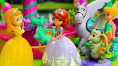 『奇趣箱』小公主苏菲亚:巫婆把安柏公主变成蝴蝶,小公主苏菲亚和美人鱼公主帮忙解除魔法
