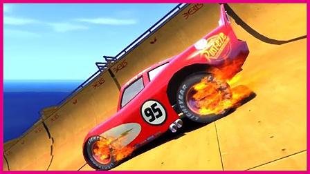 蜘蛛侠的赛车推土机 赛车总动员飞跃比赛 超级英雄 卡通动画