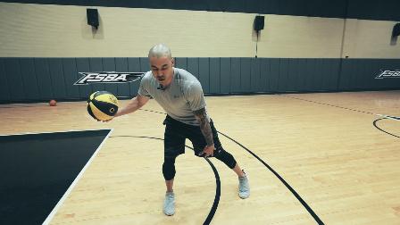 NBA前教练JAMES教你骑士球星欧文2个过人技巧!巨星动作教学!