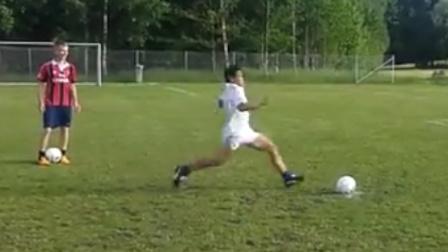 踢足球需要勇气之——作死爆头集锦。歪果仁少有原因