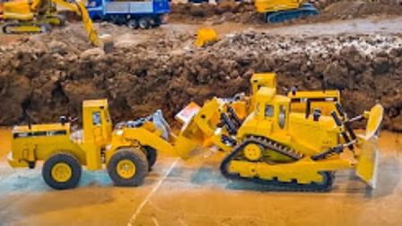儿童电动挖掘机玩具 695